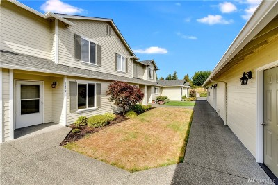 Enumclaw Condo/Townhouse For Sale: 1440 Mountain View Dr