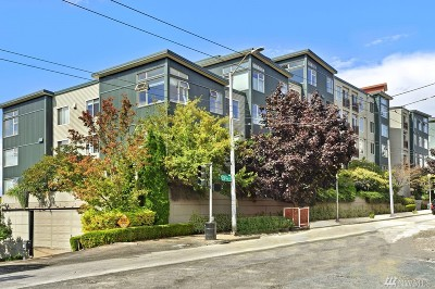 Seattle Condo/Townhouse For Sale: 425 23rd Ave S #A314