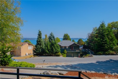 Anacortes Single Family Home Pending: 15374 Dewey Crest Lane