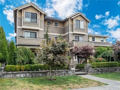 Everett Condo/Townhouse For Sale: 2717 Cedar St #D