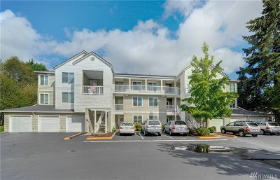 Bothell Condo/Townhouse For Sale: 2009 196th St SE #E302