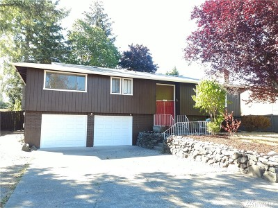 Single Family Home For Sale: 1102 Tule Lake Rd S