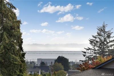 Anacortes Single Family Home For Sale: 2006 Creekside Cir