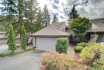 Bothell Condo/Townhouse For Sale: 9721 Riverbend Dr #10