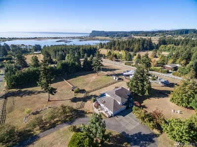 Langley Single Family Home For Sale: 5756 Crow Haven Rd