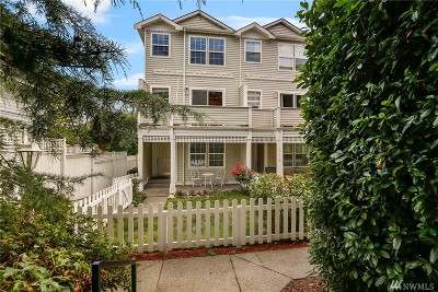 Everett Condo/Townhouse For Sale: 3515 Wetmore Ave #A