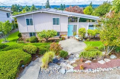 Pierce County Single Family Home For Sale: 1864 N Skyline Dr