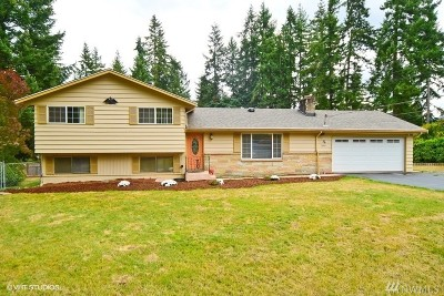 Bellevue Single Family Home For Sale: 16616 SE 24th St