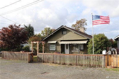 Shelton Single Family Home For Sale: 522 Dearborn Ave