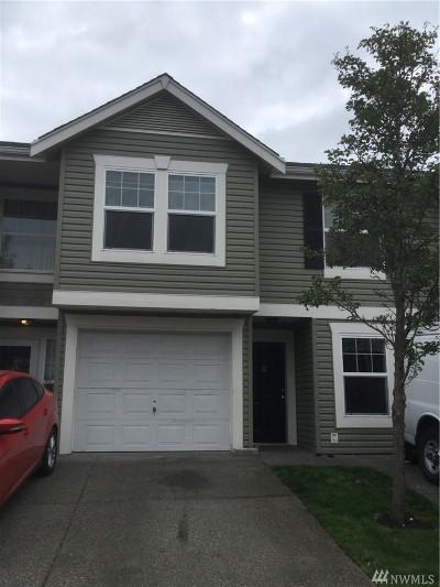 Tacoma Condo/Townhouse For Sale: 1018 109th Street St Ct E #52