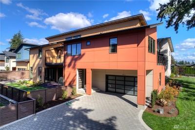 Kirkland Single Family Home For Sale: 8326 NE 119th St