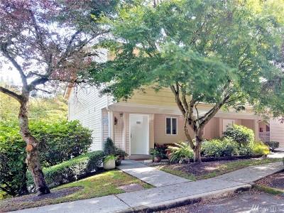 Bothell Condo/Townhouse For Sale: 15917 Waynita Wy NE #E 201
