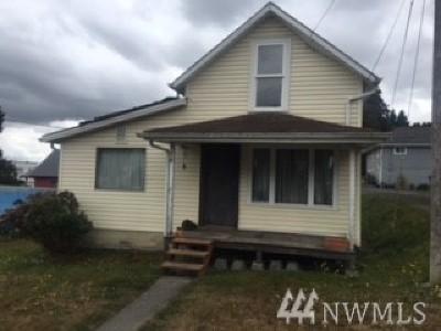 Everett Single Family Home For Sale: 2228 Main St