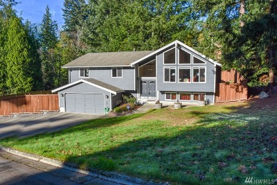 Bothell Single Family Home For Sale: 2713 211th St SE