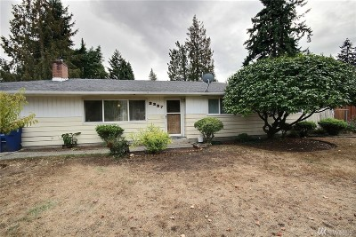 SeaTac Single Family Home For Sale: 3227 S 202nd St