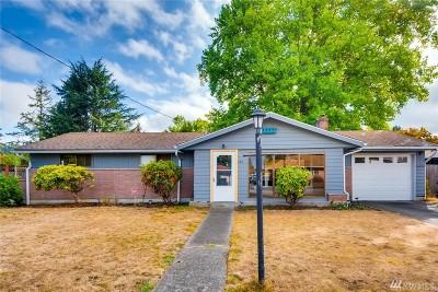 Auburn Single Family Home For Sale: 512 Pike St NE