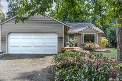 Sammamish Single Family Home For Sale: 22929 NE 24th Place