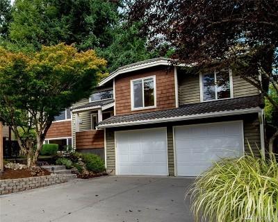 Redmond Single Family Home For Sale: 14220 NE 64th Ct