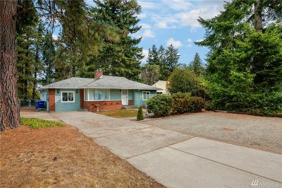 Burien Single Family Home For Sale: 1036 SW 132nd St