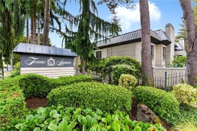 Condo/Townhouse For Sale: 10211 NE 16th Place #R2