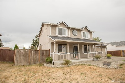 Spanaway Single Family Home For Sale: 1312 196th St Ct E.