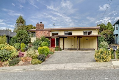 Edmonds Single Family Home For Sale: 821 Walnut St