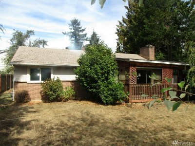SeaTac Single Family Home For Sale: 2610 148th St S