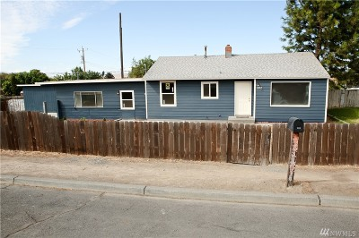 Othello Single Family Home For Sale: 302 S 4 Th. Ave