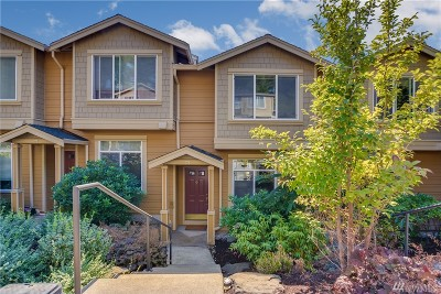 Issaquah Condo/Townhouse For Sale: 23300 SE Black Nugget Rd #M3