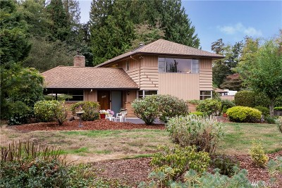 Lake Forest Park Single Family Home Contingent: 16343 34th Ave NE