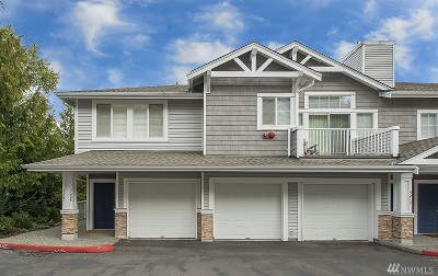 Issaquah Condo/Townhouse For Sale: 5202 236th Place SE #21-2