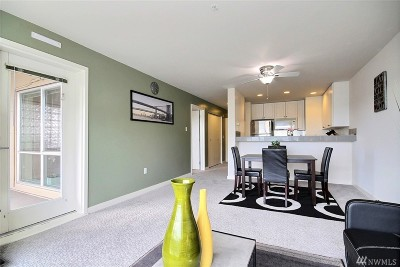 Seattle Condo/Townhouse For Sale: 321 10th Ave S #703