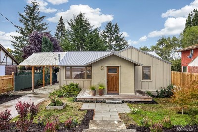 Seattle Single Family Home For Sale: 3537 SW 112th St