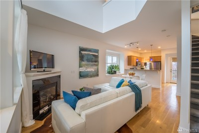 Seattle Single Family Home For Sale: 168 18th Ave #A