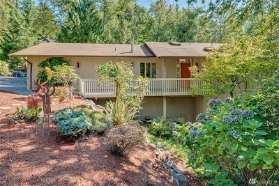 Mercer Island Single Family Home For Sale: 8420 SE 47th Place