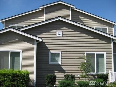 Bothell Condo/Townhouse For Sale: 14915 38th Dr SE #M1126