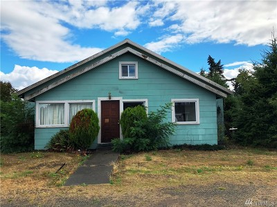 Rainier Single Family Home For Sale: 203 2nd St SE