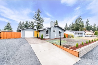 Spanaway Single Family Home For Sale: 17106 Spanaway Lane E