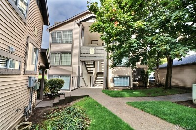 Kent Condo/Townhouse For Sale: 26221 116th Ave SE #F301