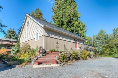 Lake Stevens Single Family Home For Sale: 627 E Lake Stevens Rd