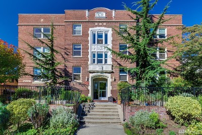 Seattle Condo/Townhouse For Sale: 715 24th Ave #LL1