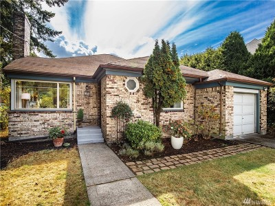 Seattle Single Family Home For Sale: 407 N 122nd St