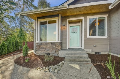 Puyallup Single Family Home For Sale: 1817 Highland Dr