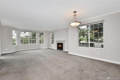 Kirkland Condo/Townhouse For Sale: 9838 NE 122nd St #Q203