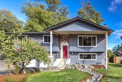Oak Harbor Single Family Home For Sale: 1152 SW Leschi Dr