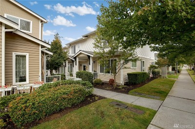 Bothell Condo/Townhouse For Sale: 14915 38th Dr SE #1113