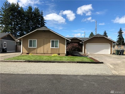 Spanaway Single Family Home For Sale: 16906 5th Ave E