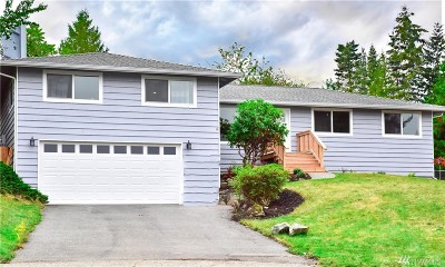 Lynnwood Single Family Home For Sale: 3830 180th Place SW
