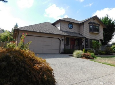 Redmond Single Family Home For Sale: 17213 NE 32nd St