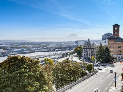 Pierce County Condo/Townhouse For Sale: 525 Broadway #406
